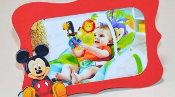 Rama foto 10x15 cm cu figurina Mickey Mouse
